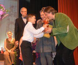 tamuleviciutes-festivalio-uzdarymas-prizas-teatriukui